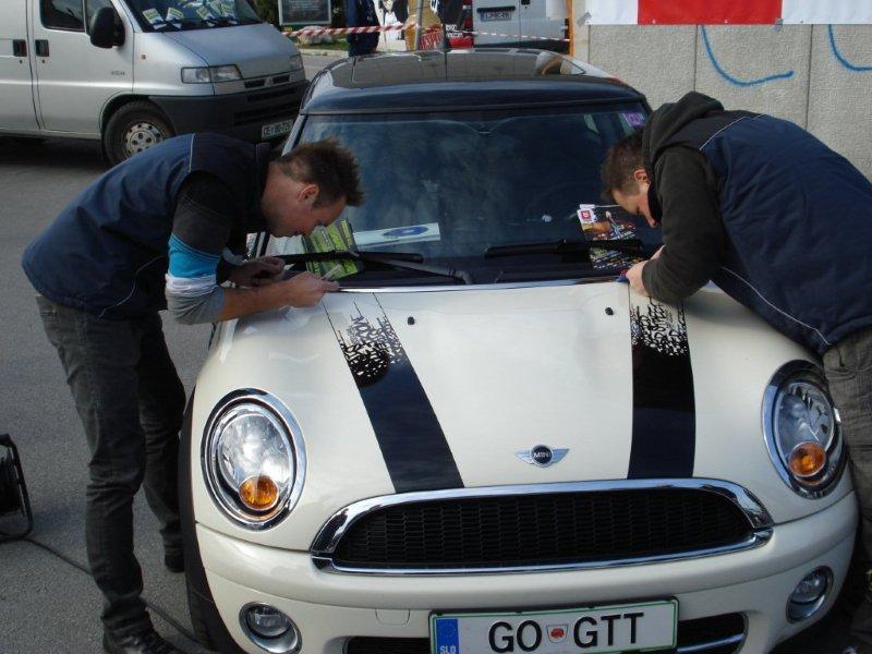 Carwrap avtomobila