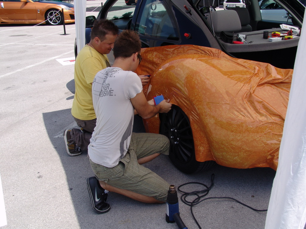 Carwrapping avtomobila