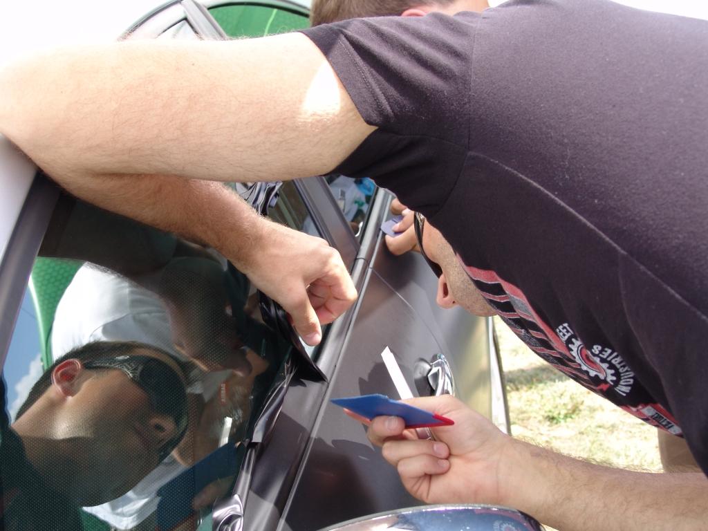 Cupra dan 2011 - oblačenje Seat Leona v folijo