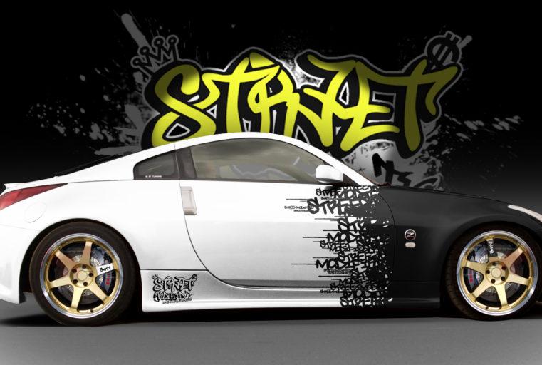 Nissan 350Z oblečen v folijo